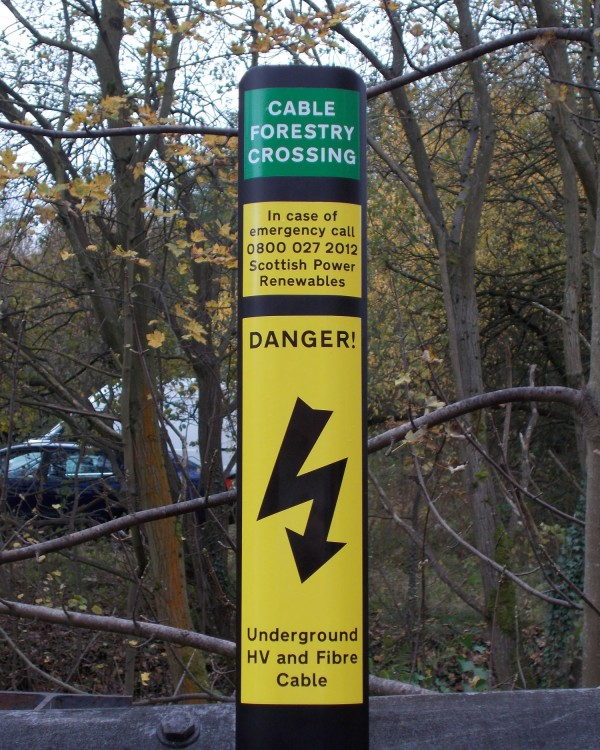 Cable Route Locator : Cable route post flexible